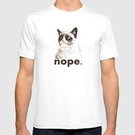 NOPE - Grumpy cat. T-shirt