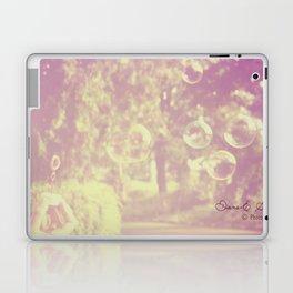 Fericire de suburbie Laptop & iPad Skin