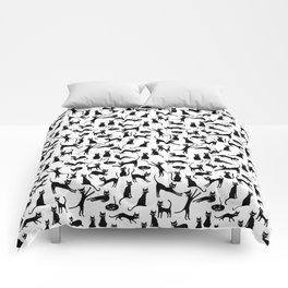 Black cats, seamless patten Comforters