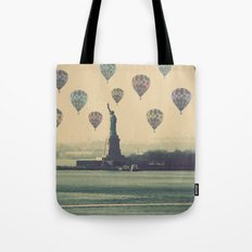 Balloons over Lady Liberty Tote Bag