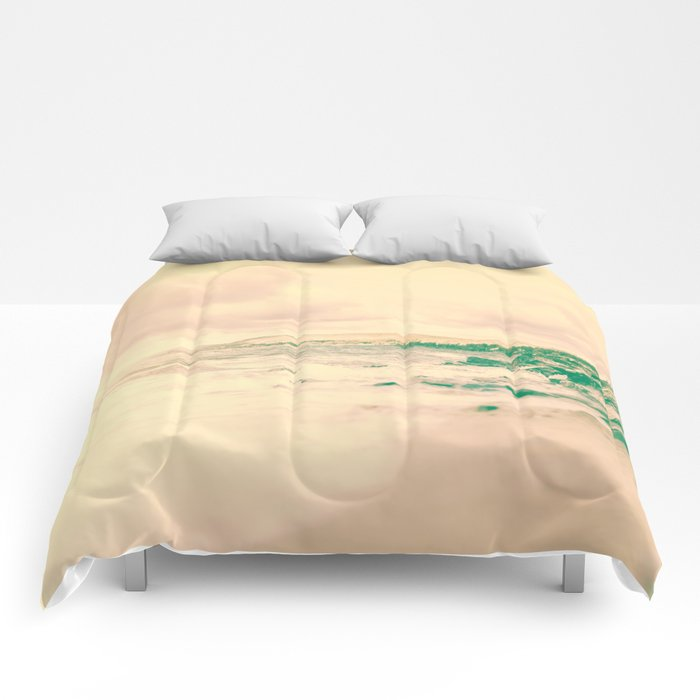 Fade to .. summer Comforters