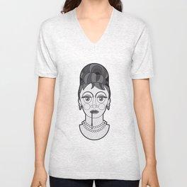 Audrey Hepburn - B&W Divas Unisex V-Neck