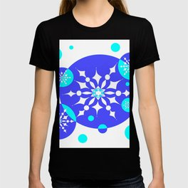 A Delightful Winter Snow Design T-shirt