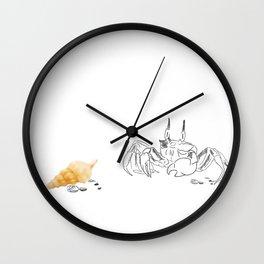 Lundi à la plage Wall Clock