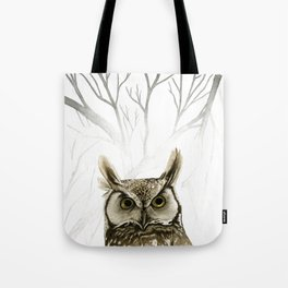 Hibou -- Great Horned Owl in Forest Tote Bag