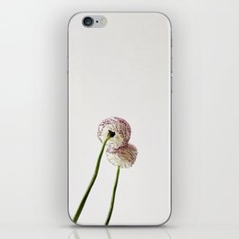 Flor reflejada iPhone Skin