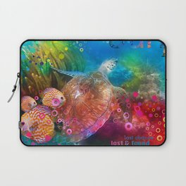 Sea Turtle In Living Color Laptop Sleeve