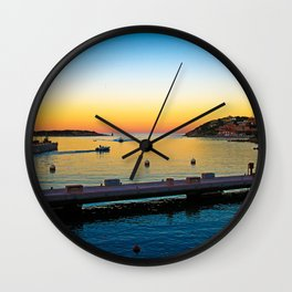 # 243 Wall Clock