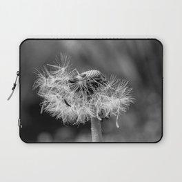 Bokehlicious black & white dandelion Laptop Sleeve