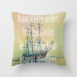 Chaussettes archiduchesse Throw Pillow