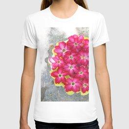 The floweress T-shirt