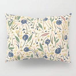 Pale Ditsy Rose Meadow Floral Pattern Pillow Sham