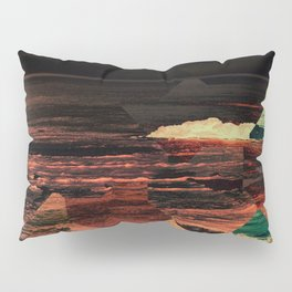 dark seas Pillow Sham