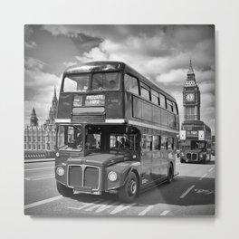 LONDON Classical Streetscene Metal Print