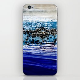 ...blurred line of horizons iPhone Skin