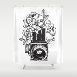 Has n Roses Shower Curtain