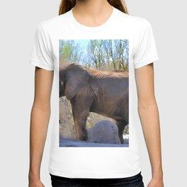 An African Elephant Dust Bath - Wildlife Art T-shirt