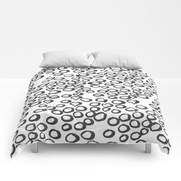 Hand painted monochrome rings pattern Comforters