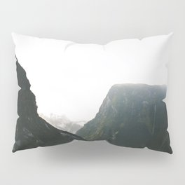 Doubtful Sound Pillow Sham