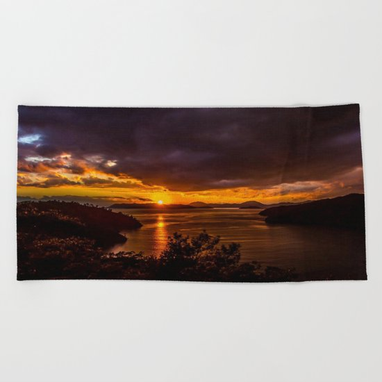 black sun Beach Towel