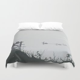 Misty Morning on the Clarence (1994) Duvet Cover