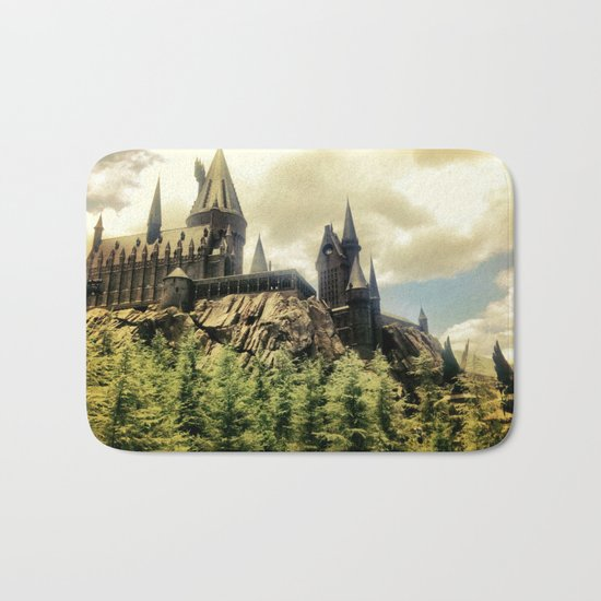 Hogwarts School of Witchcraft and Wizadry  Bath Mat