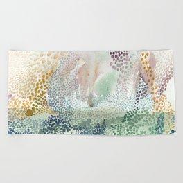 Flower burst; gold Beach Towel