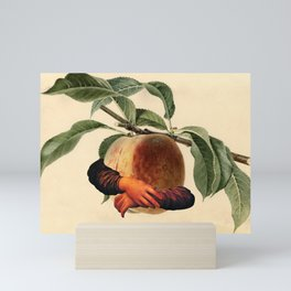 I´m Peach Mini Art Print