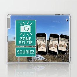Zone Selfie - Souriez Laptop & iPad Skin
