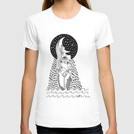 luna llorona T-shirt