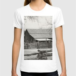 Old Barn and Rail Fence T-shirt