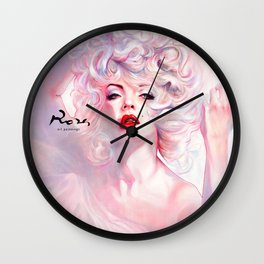 SUPERNOVA. Marilyn. A smart girl leaves before is left. Wall Clock