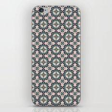 Cute blue retro elegant pattern iPhone & iPod Skin