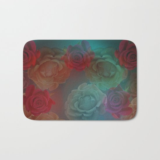 A wreath of roses Bath Mat