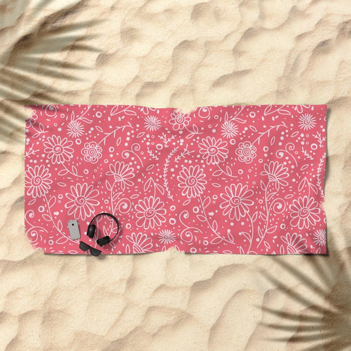 Red doodle floral pattern Beach Towel