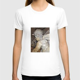 Angel in St Peter's Basilica T-shirt
