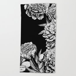 FLOWERS IN BLACK AND WHITE Beach Towel