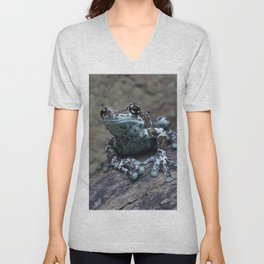 Blue tree frog Unisex V-Neck