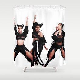 las tres gracias Shower Curtain