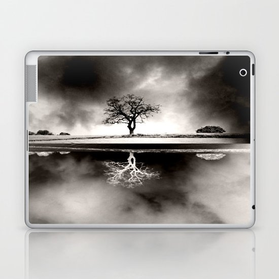 SOLITARY REFLECTION Laptop & iPad Skin