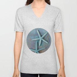 Turquoise Starfish on textured Background Unisex V-Neck