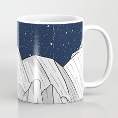 The white mountains under the stars Mug