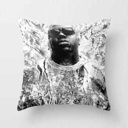 RIP BIGGIE (BLACK & WHITE VERSION) Throw Pillow
