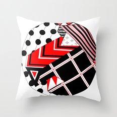 Circle iii Throw Pillow