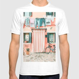 Bike in Italy Pink City Photography T-shirt