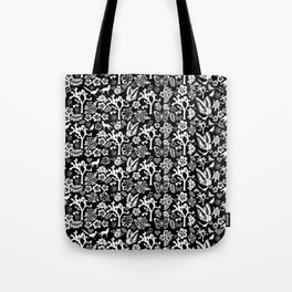 """Joshua Tree Pattern """"Yucca Bali"""" by CREYES Tote Bag"""