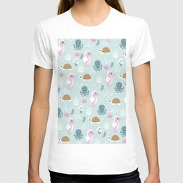 Deep Sea friends turtles jelly fish squid and sea horses girls pattern T-shirt