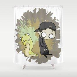 Niño Larva horror Shower Curtain