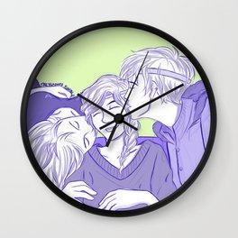 ReyLiaNca New Year's Kisses Wall Clock