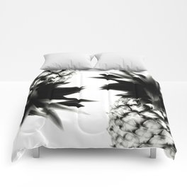 Black Pineapple Comforters